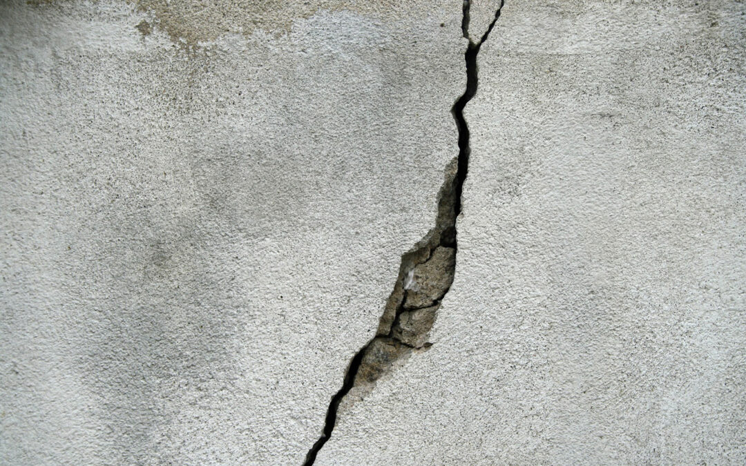 Crack Repair in Poured Concrete Walls